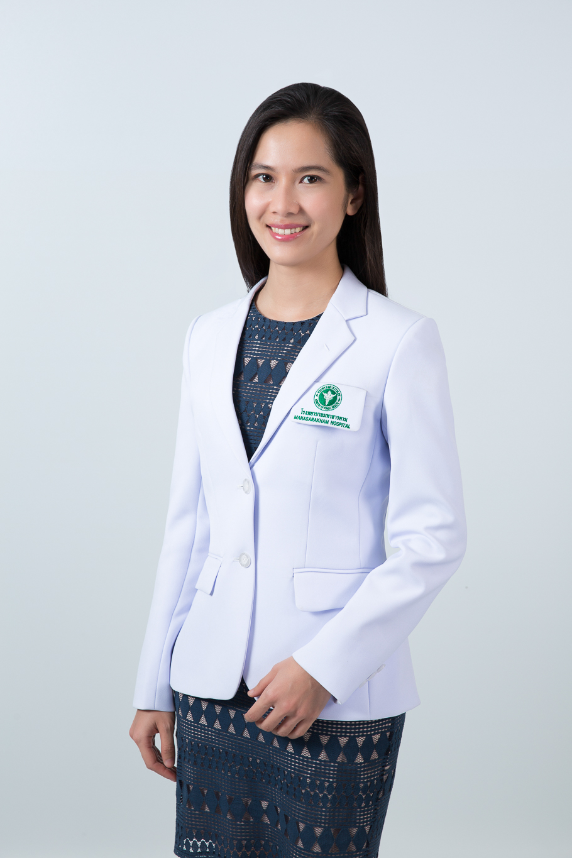 แพทย์หญิงพีรภาว์ ภัทรพงศานติ์