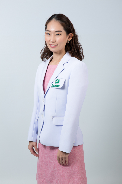 แพทย์หญิงปิยนารถ ด่านพรประเสริฐ