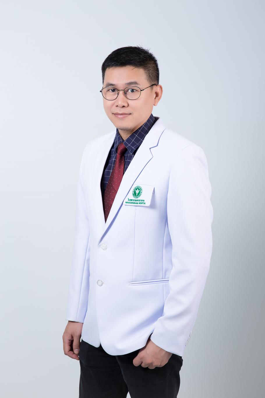 นายแพทย์สถาพร ณ ราชสีมา